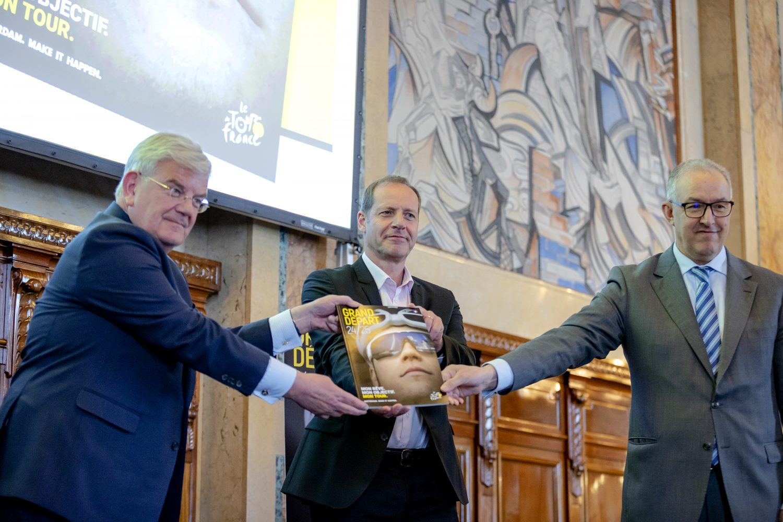 Rotterdam en Den Haag presenteren bidbook Grand Depart