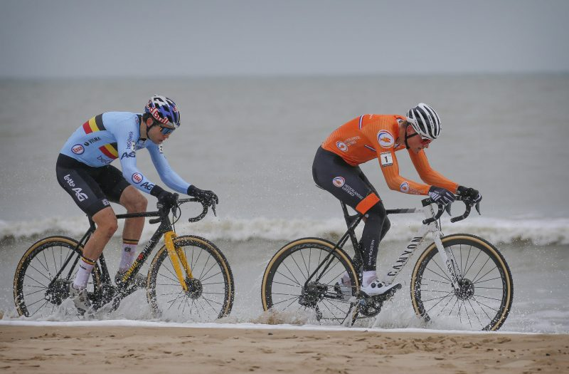 Wout van Aert en Mathieu van der Poel 2021