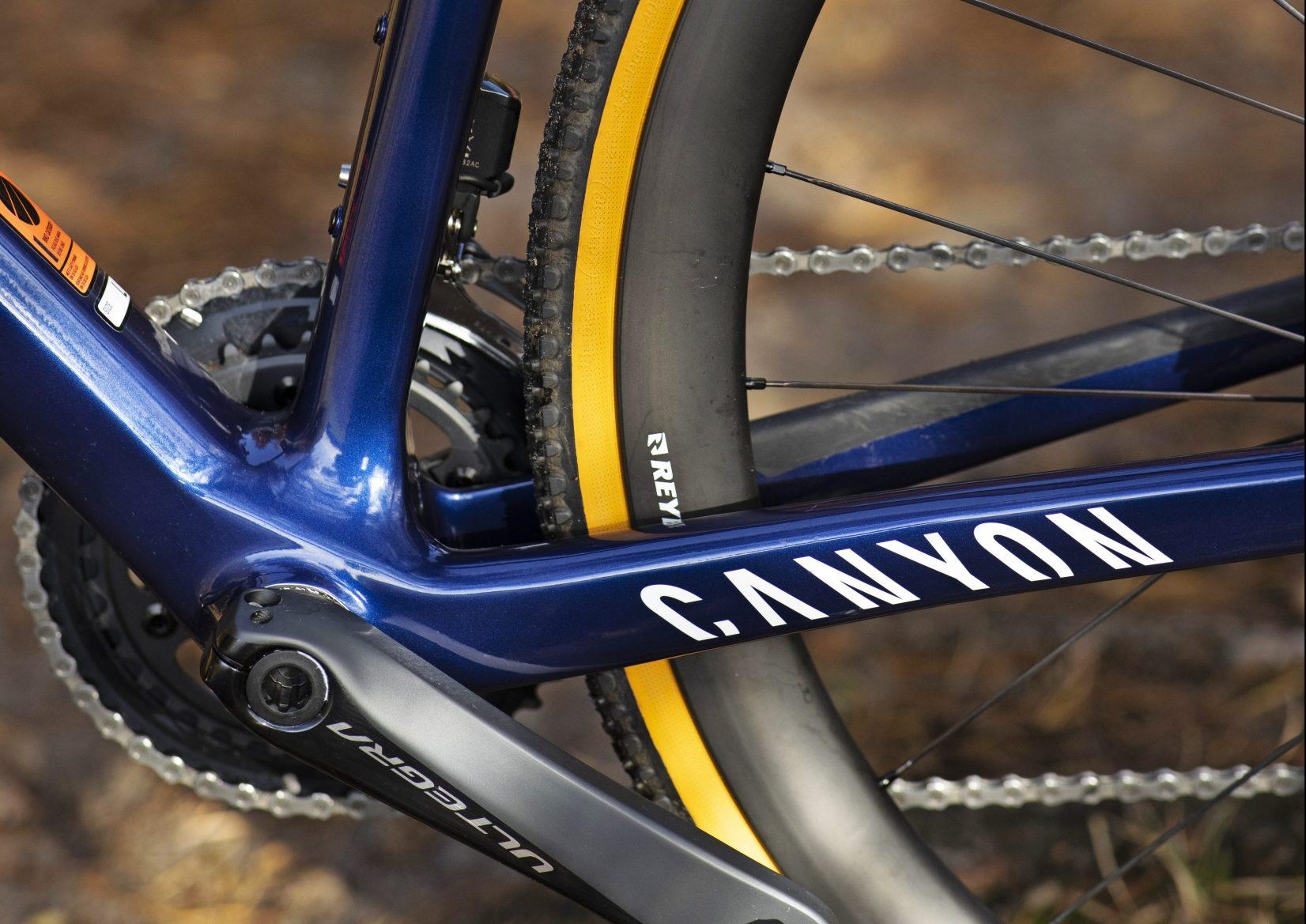 Canyon Inflite CF SLX 9 Team