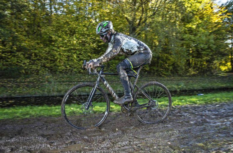 Review: Canyon Inflite AL SLX 6 0 Race | Fiets nl - Race en