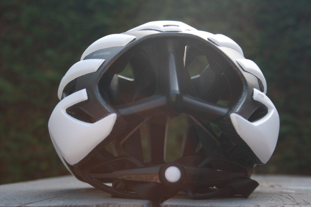 MET Trenta 3K Carbon achterkant